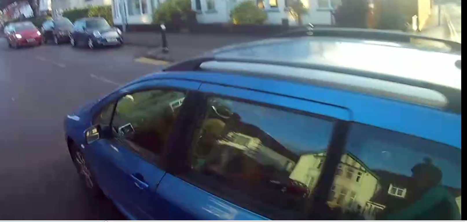 Close pass on a cyclist on Allensbank Road by GF54UPH