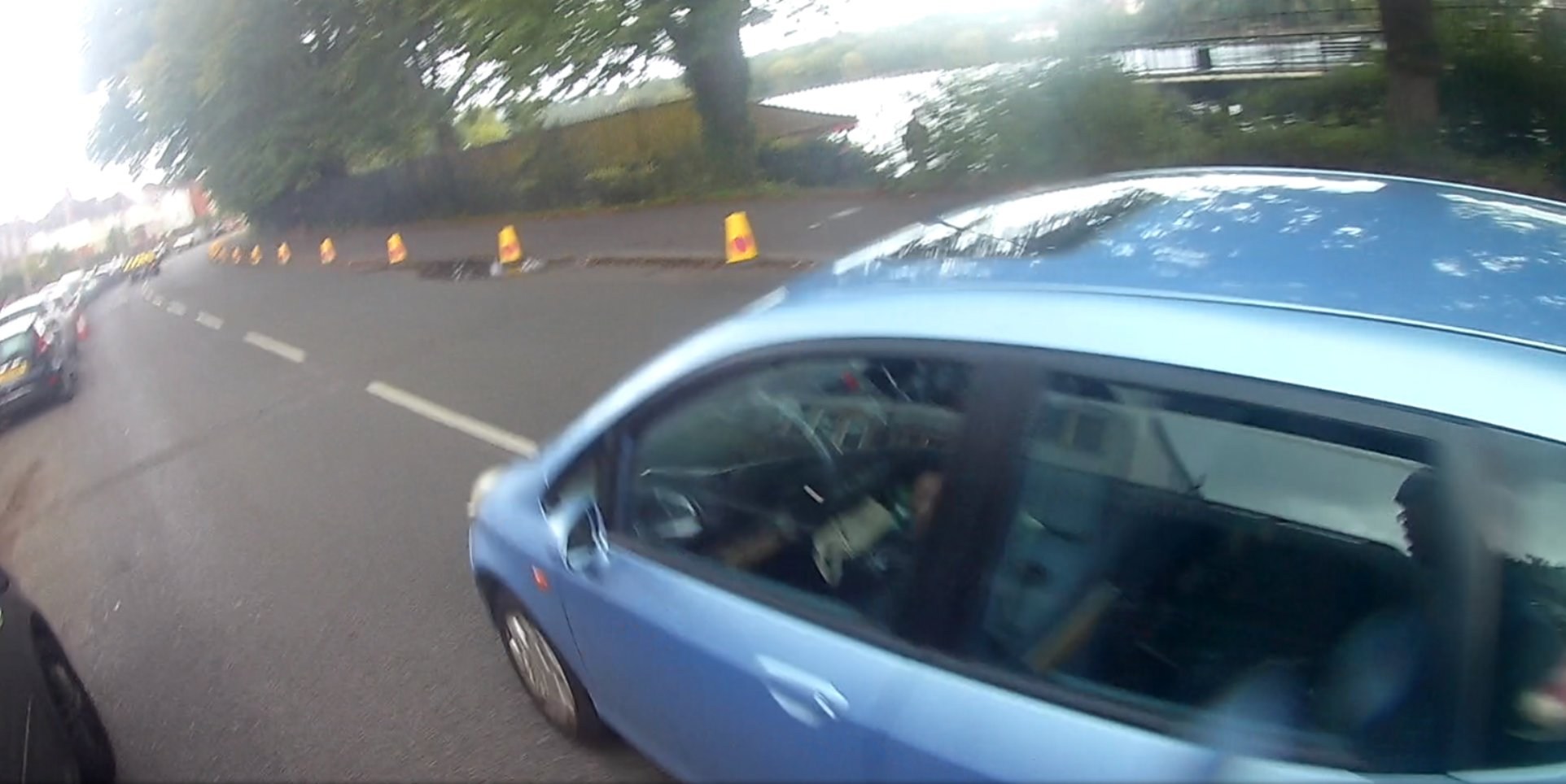 Photo of close pass on cyclist, taken Lake Road West, Cardiff, September 2020